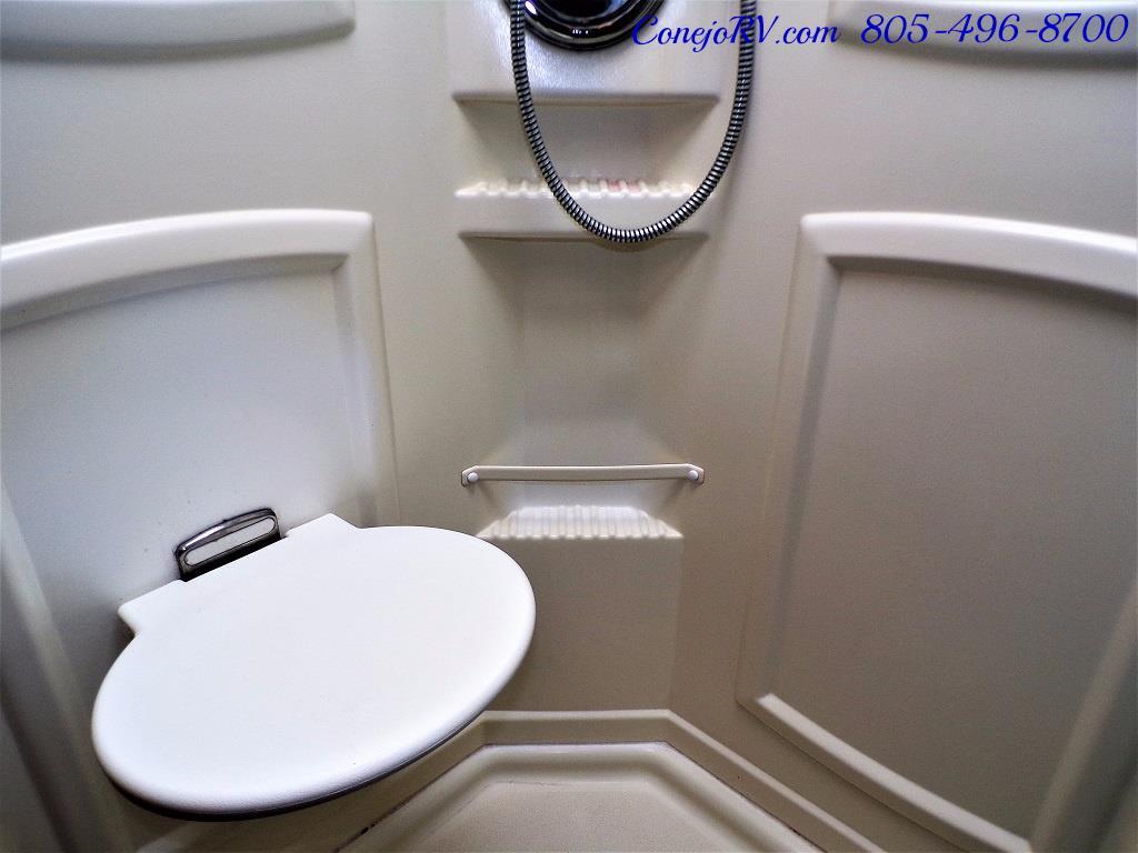 2005 Itasca Suncruiser 38R 25K Miles Full Body Paint 2 Slides - Photo 23 - Thousand Oaks, CA 91360