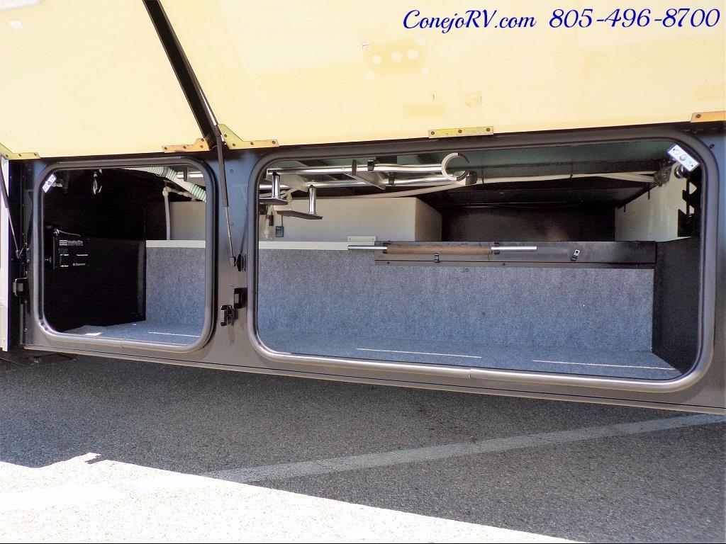 2005 Itasca Suncruiser 38R 25K Miles Full Body Paint 2 Slides - Photo 36 - Thousand Oaks, CA 91360