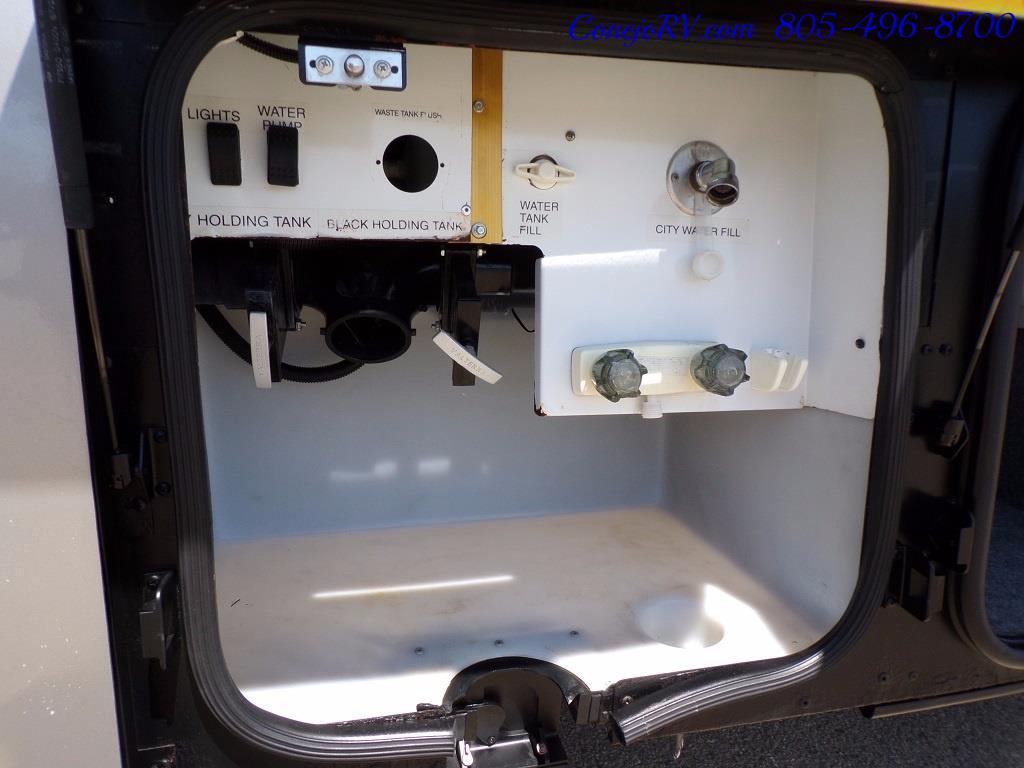 2005 Itasca Suncruiser 38R 25K Miles Full Body Paint 2 Slides - Photo 40 - Thousand Oaks, CA 91360