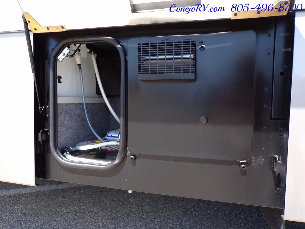 2005 Itasca Suncruiser 38R 25K Miles Full Body Paint 2 Slides - Photo 37 - Thousand Oaks, CA 91360