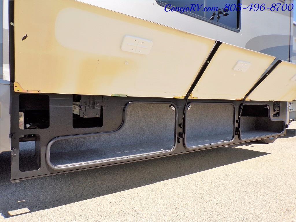 2005 Itasca Suncruiser 38R 25K Miles Full Body Paint 2 Slides - Photo 38 - Thousand Oaks, CA 91360