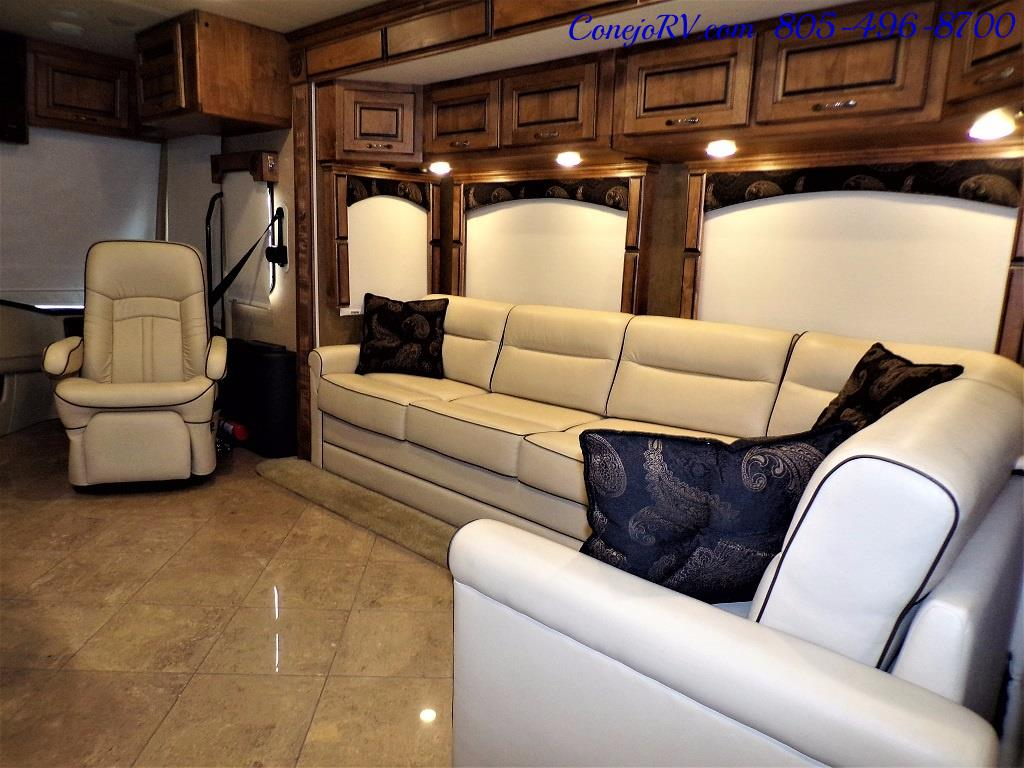2013 Monaco Knight 38PFT 23k Miles - Photo 15 - Thousand Oaks, CA 91360