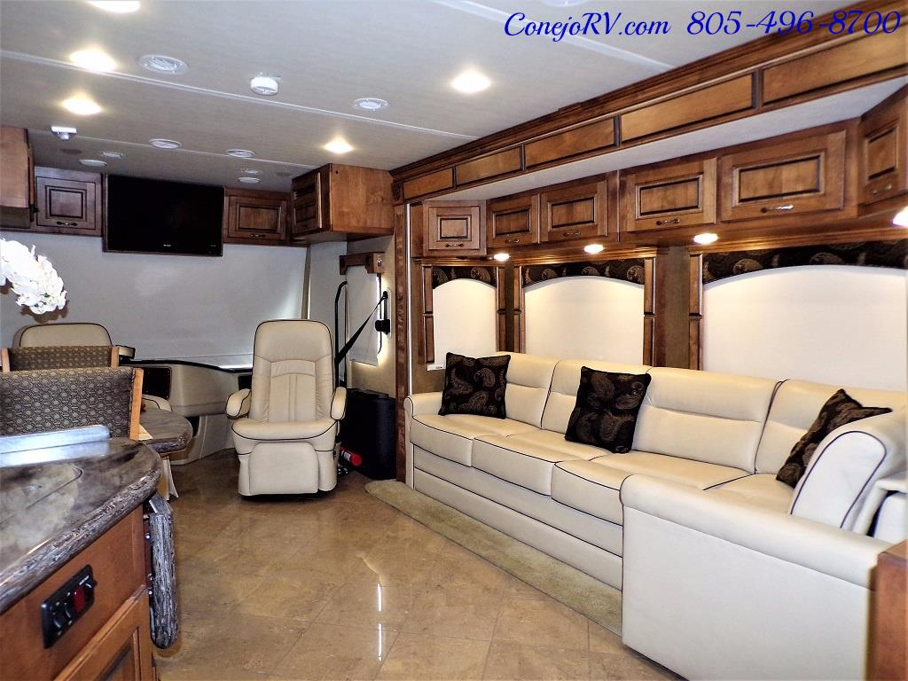 2013 Monaco Knight 38PFT 23k Miles - Photo 25 - Thousand Oaks, CA 91360