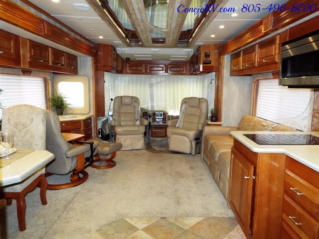2005 Monaco Holiday Rambler Navigator 43PBQ Quad-Slide 515hp - Photo 33 - Thousand Oaks, CA 91360