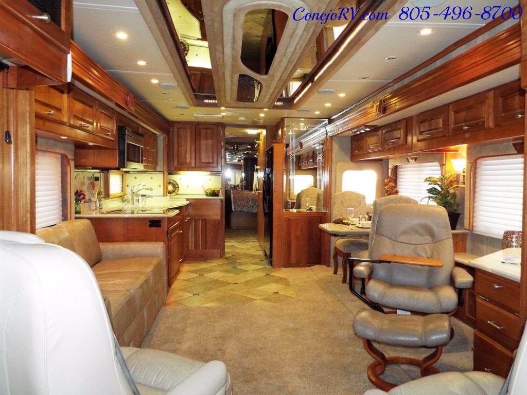 2005 Monaco Holiday Rambler Navigator 43PBQ Quad-Slide 515hp - Photo 7 - Thousand Oaks, CA 91360