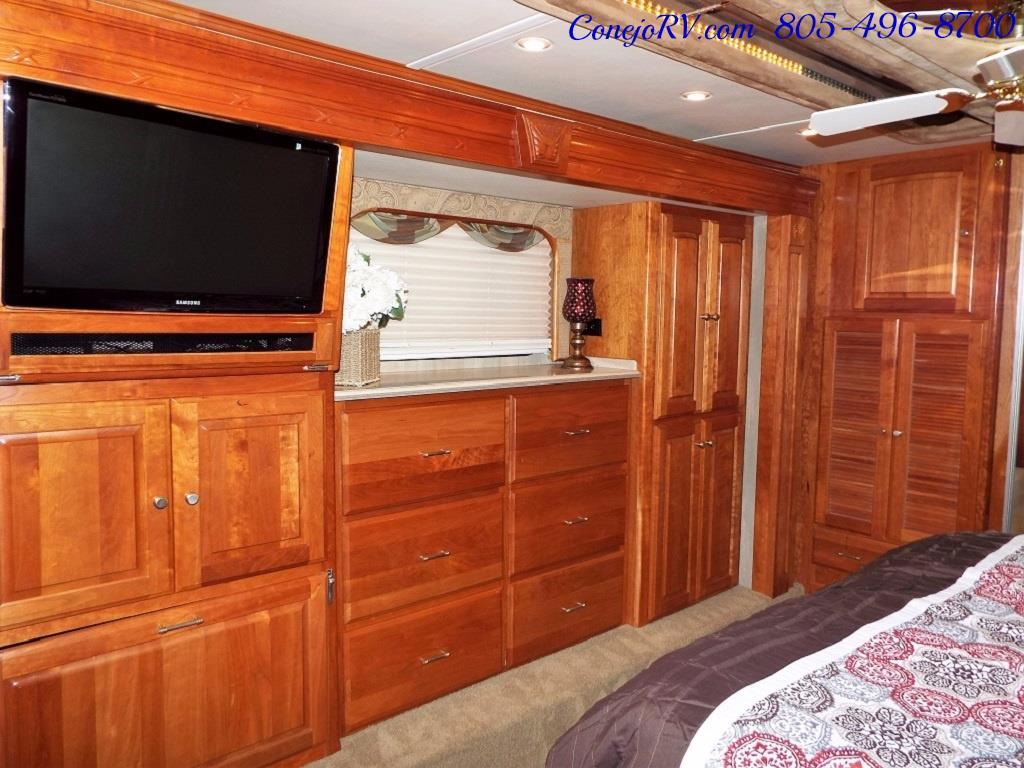 2005 Monaco Holiday Rambler Navigator 43PBQ Quad-Slide 515hp - Photo 28 - Thousand Oaks, CA 91360