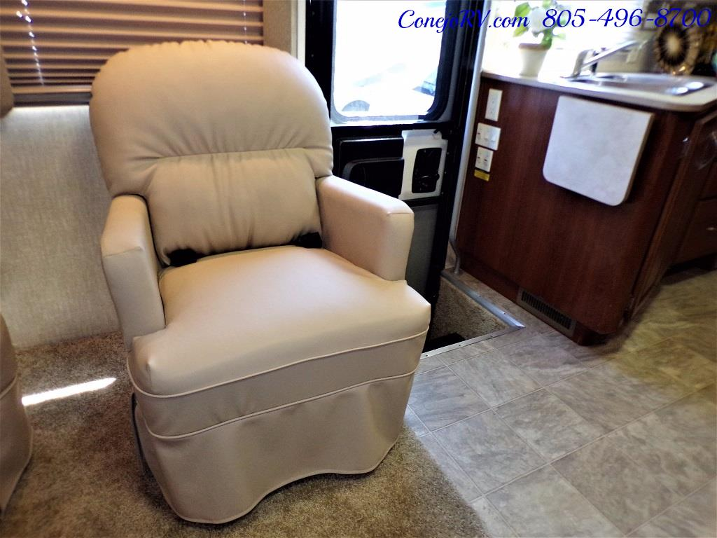 2008 Fleetwood Fiesta LX 34N Double Slide Bunkhouse Full Paint - Photo 17 - Thousand Oaks, CA 91360