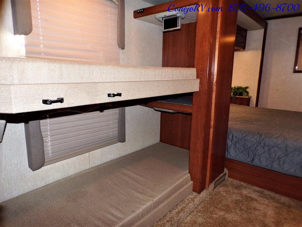 2008 Fleetwood Fiesta LX 34N Double Slide Bunkhouse Full Paint - Photo 21 - Thousand Oaks, CA 91360