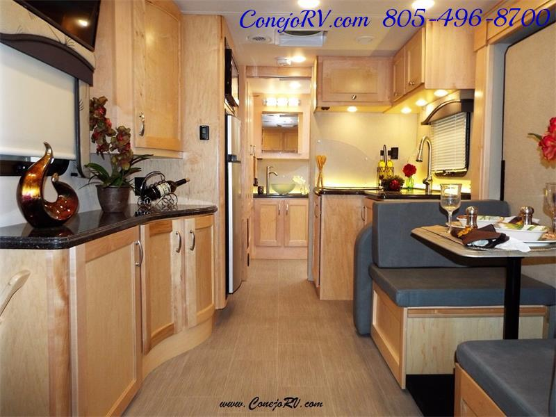 2017 Renegade RV Vienna 25MBS MURPHY BED Slide-Out Full Body Paint - Photo 5 - Thousand Oaks, CA 91360