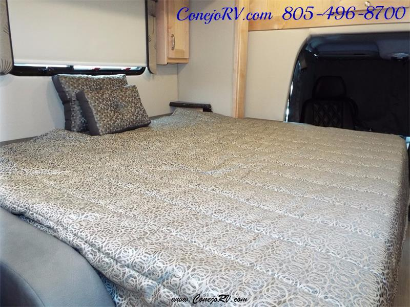 2017 Renegade RV Vienna 25MBS MURPHY BED Slide-Out Full Body Paint - Photo 24 - Thousand Oaks, CA 91360