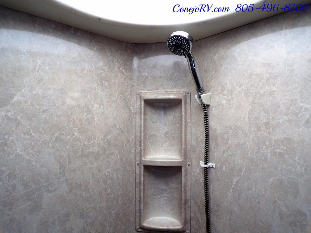 2008 Fleetwood Bounder 38F 325hp Diesel Pusher 3-Slide 1.5 Bath - Photo 26 - Thousand Oaks, CA 91360