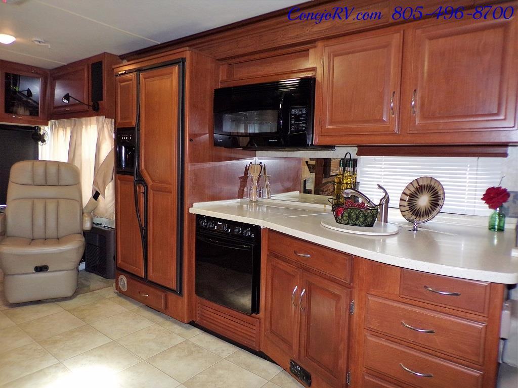 2008 Fleetwood Bounder 38F 325hp Diesel Pusher 3-Slide 1.5 Bath - Photo 16 - Thousand Oaks, CA 91360