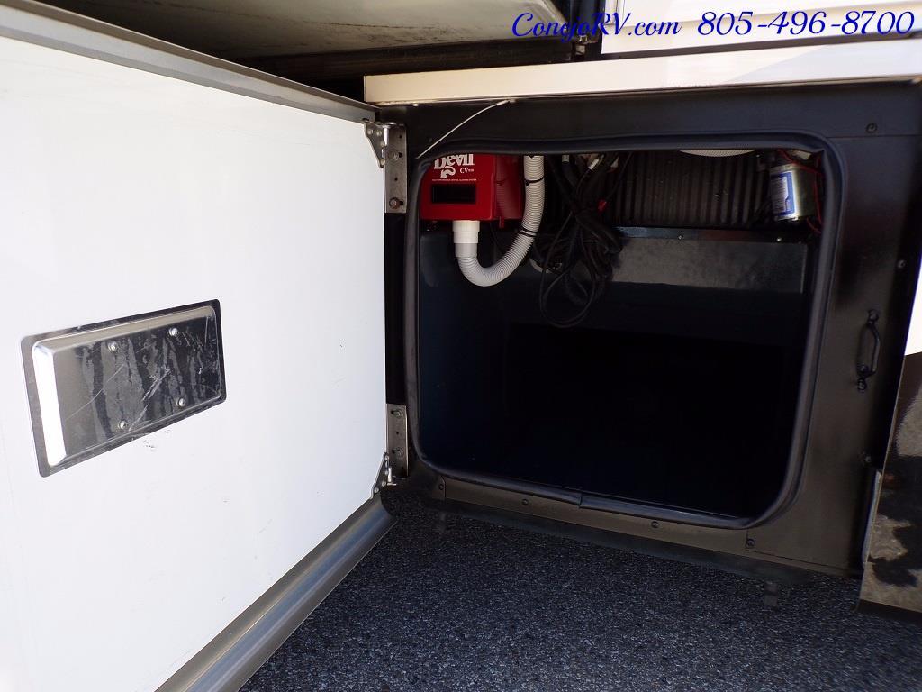 2008 Fleetwood Bounder 38F 325hp Diesel Pusher 3-Slide 1.5 Bath - Photo 42 - Thousand Oaks, CA 91360