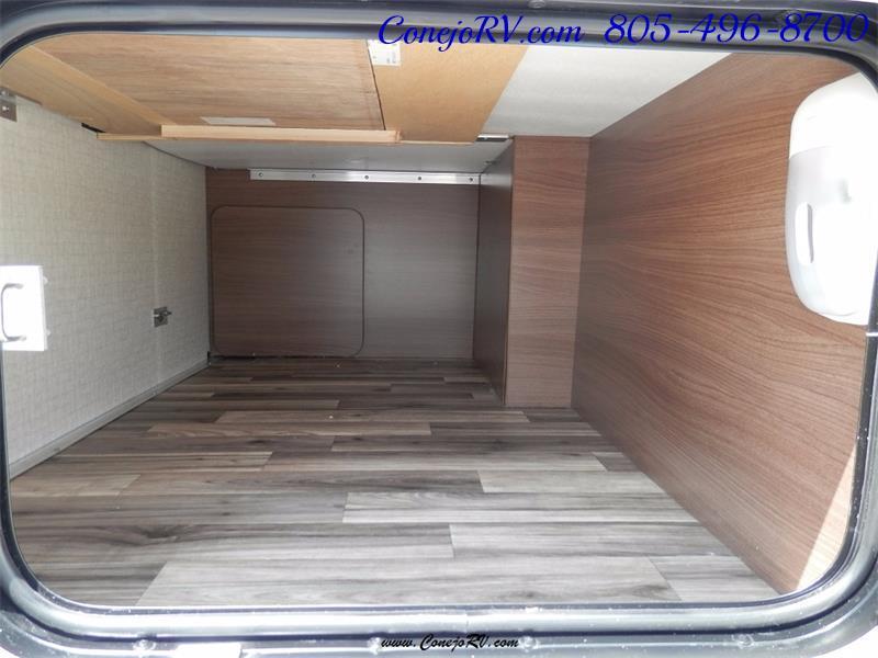 2017 Winnebago Itasca Navion 24V Slide-Out Full Body Paint Diesel - Photo 38 - Thousand Oaks, CA 91360