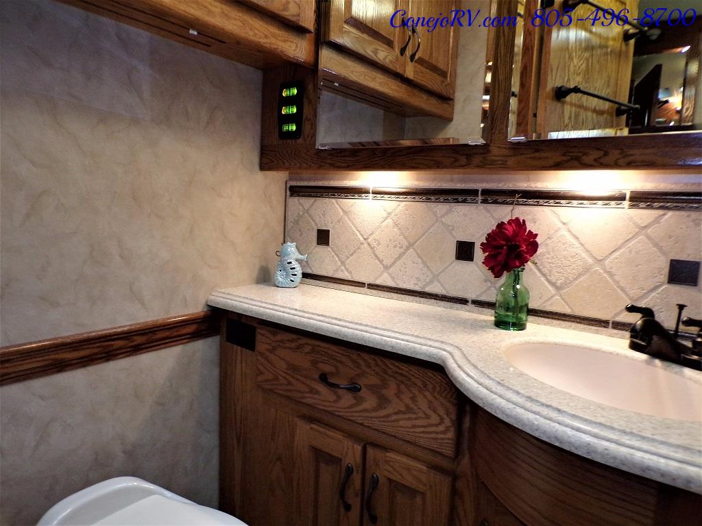 2009 Monaco Camelot 42PDQ Quad Slide Tag Axle 425hp - Photo 18 - Thousand Oaks, CA 91360