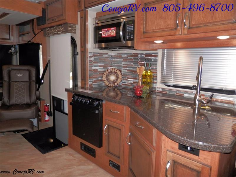 2017 Fleetwood Bounder LX 36X 3-Slide Big Chassis Full Body Paint - Photo 15 - Thousand Oaks, CA 91360