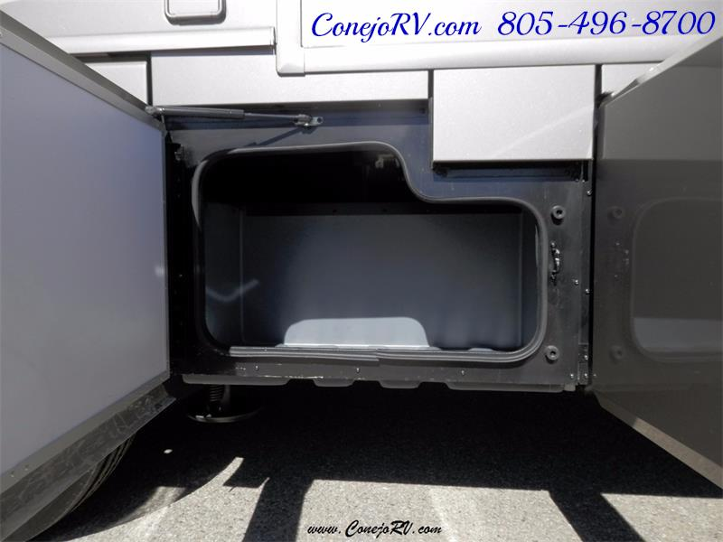 2017 Fleetwood Bounder LX 36X 3-Slide Big Chassis Full Body Paint - Photo 52 - Thousand Oaks, CA 91360