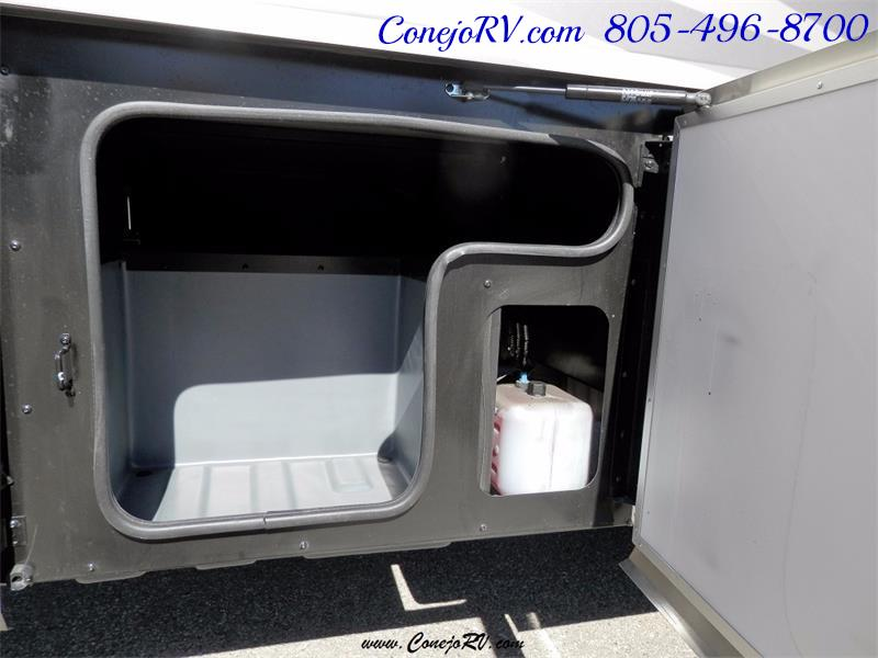2017 Fleetwood Bounder LX 36X 3-Slide Big Chassis Full Body Paint - Photo 38 - Thousand Oaks, CA 91360