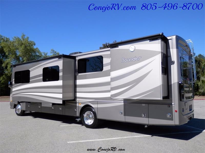 2017 Fleetwood Bounder LX 36X 3-Slide Big Chassis Full Body Paint - Photo 3 - Thousand Oaks, CA 91360