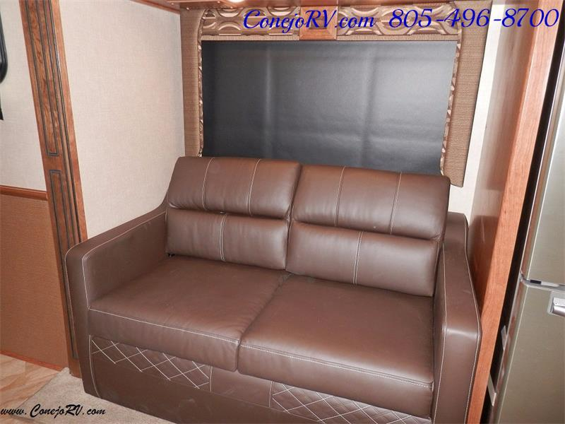 2017 Fleetwood Bounder LX 36X 3-Slide Big Chassis Full Body Paint - Photo 11 - Thousand Oaks, CA 91360