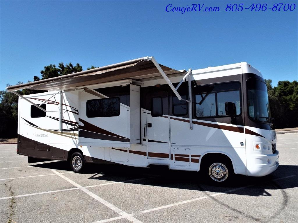 2012 Forest River Georgetown 34ft Double Front-Slides - Photo 28 - Thousand Oaks, CA 91360