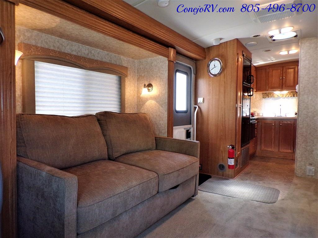 2007 Holiday Rambler Augusta 252DS HYDRAULIC LEVELERS Double Slide - Photo 7 - Thousand Oaks, CA 91360