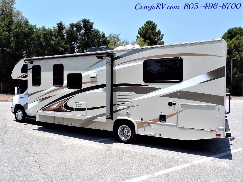 2016 Thor Freedom Elite 28H Class C Slide Out 11K Miles - Photo 2 - Thousand Oaks, CA 91360