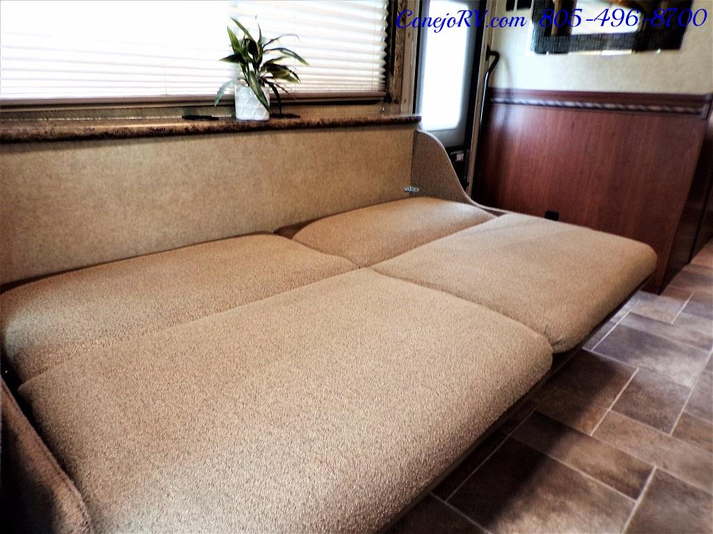 2016 Thor Freedom Elite 28H Class C Slide Out 11K Miles - Photo 24 - Thousand Oaks, CA 91360