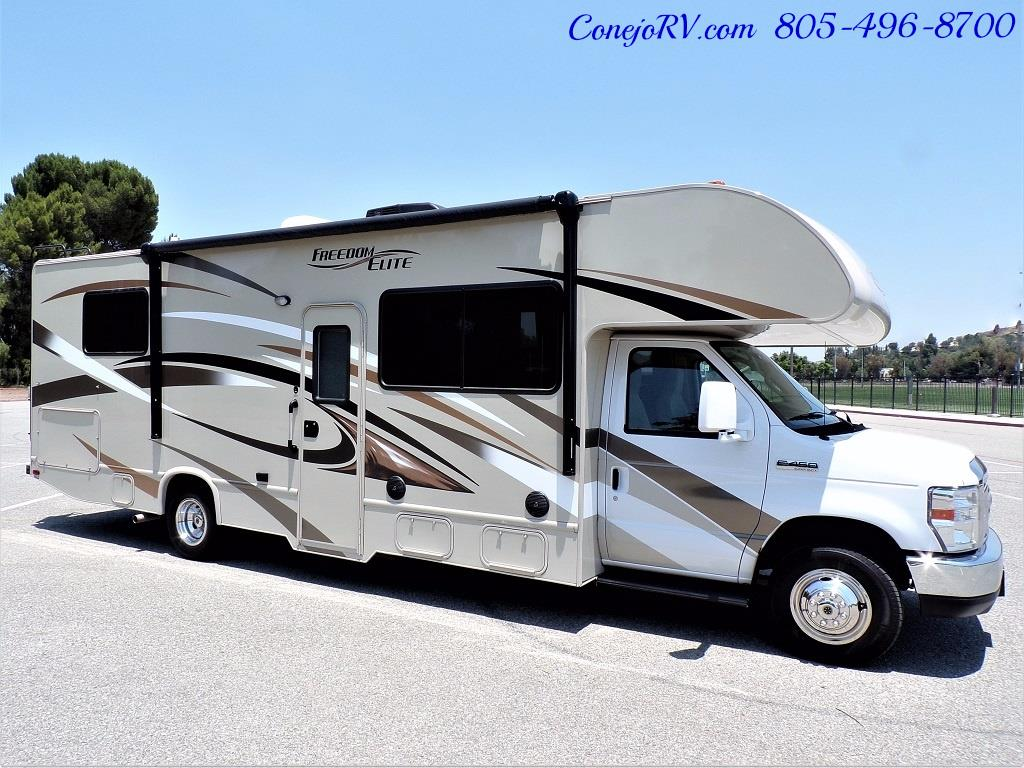 2016 Thor Freedom Elite 28H Class C Slide Out 11K Miles - Photo 3 - Thousand Oaks, CA 91360
