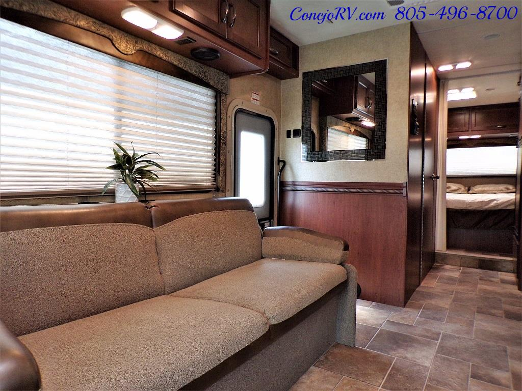 2016 Thor Freedom Elite 28H Class C Slide Out 11K Miles - Photo 7 - Thousand Oaks, CA 91360