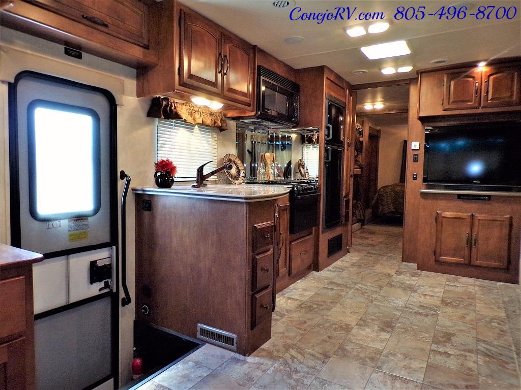 2013 Coachmen Mirada 34BH Bunkhouse Under 9K Miles - Photo 7 - Thousand Oaks, CA 91360