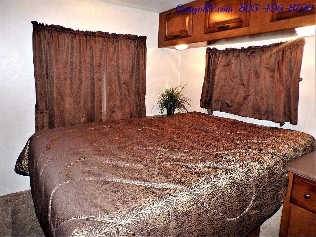 2013 Coachmen Mirada 34BH Bunkhouse Under 9K Miles - Photo 23 - Thousand Oaks, CA 91360