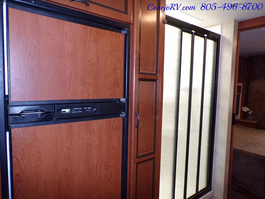 2012 Thor Hurricane 32A Full Body Paint 15k Miles - Photo 17 - Thousand Oaks, CA 91360
