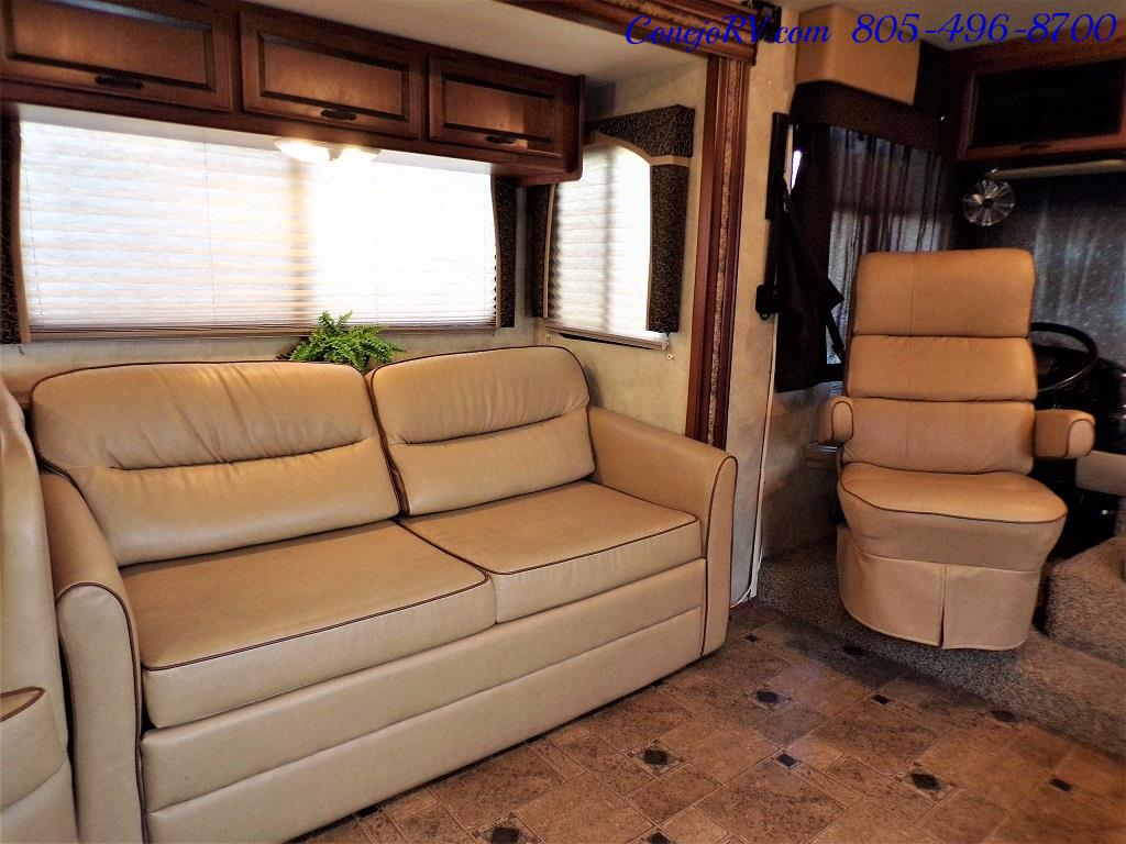 2012 Thor Hurricane 32A Full Body Paint 15k Miles - Photo 10 - Thousand Oaks, CA 91360