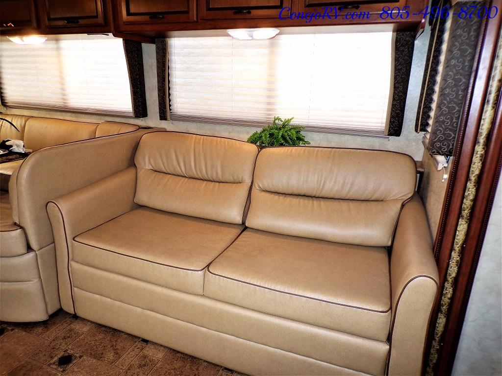 2012 Thor Hurricane 32A Full Body Paint 15k Miles - Photo 8 - Thousand Oaks, CA 91360