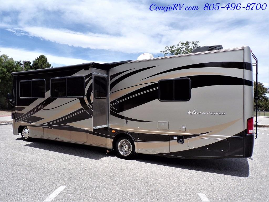 2012 Thor Hurricane 32A Full Body Paint 15k Miles - Photo 2 - Thousand Oaks, CA 91360