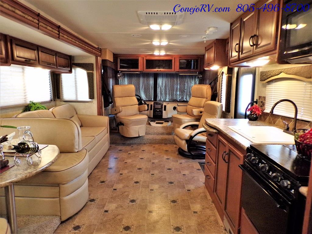 2012 Thor Hurricane 32A Full Body Paint 15k Miles - Photo 24 - Thousand Oaks, CA 91360