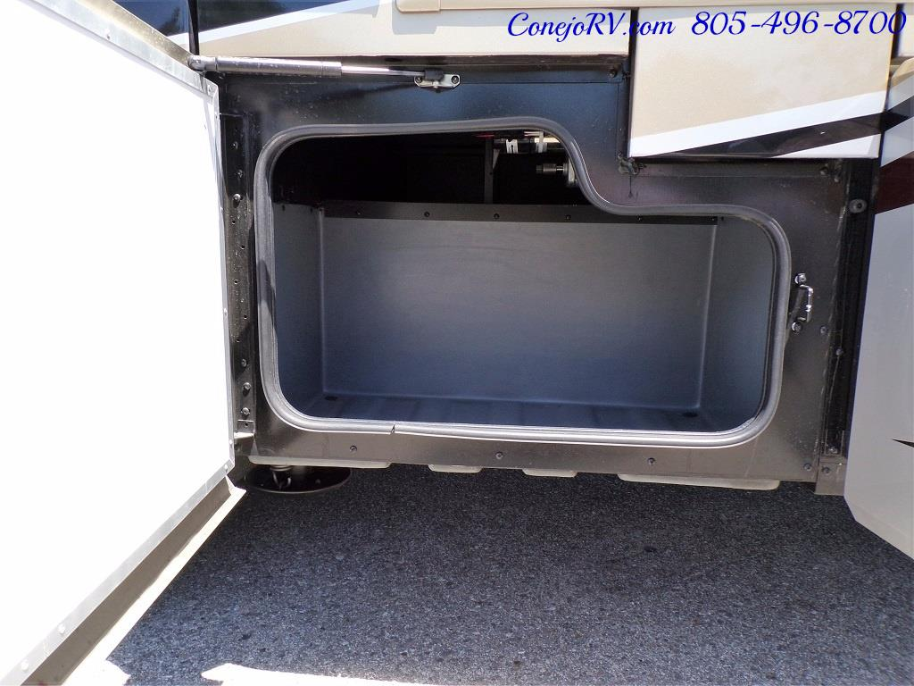 2018 Fleetwood Bounder LX 35K Bath and Half King Bed - Photo 45 - Thousand Oaks, CA 91360