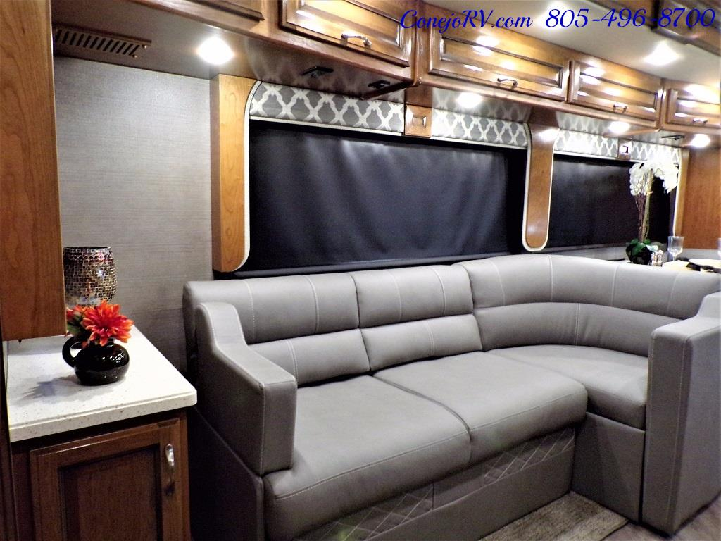 2018 Fleetwood Bounder LX 35K Bath and Half King Bed - Photo 14 - Thousand Oaks, CA 91360