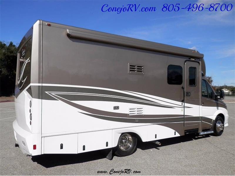 2016 Renegade RV Villagio LE 25HAB Slide-Out Full Body Paint Merced - Photo 4 - Thousand Oaks, CA 91360