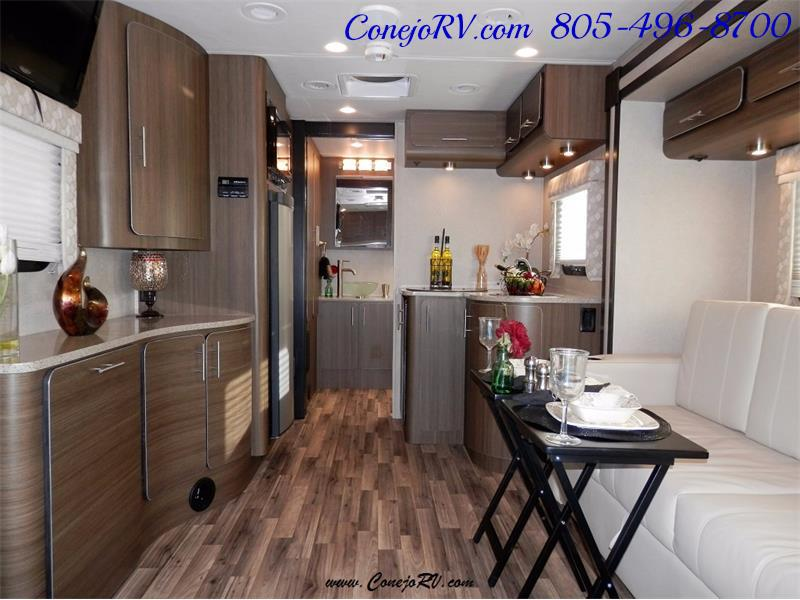 2016 Renegade RV Villagio LE 25HAB Slide-Out Full Body Paint Merced - Photo 5 - Thousand Oaks, CA 91360