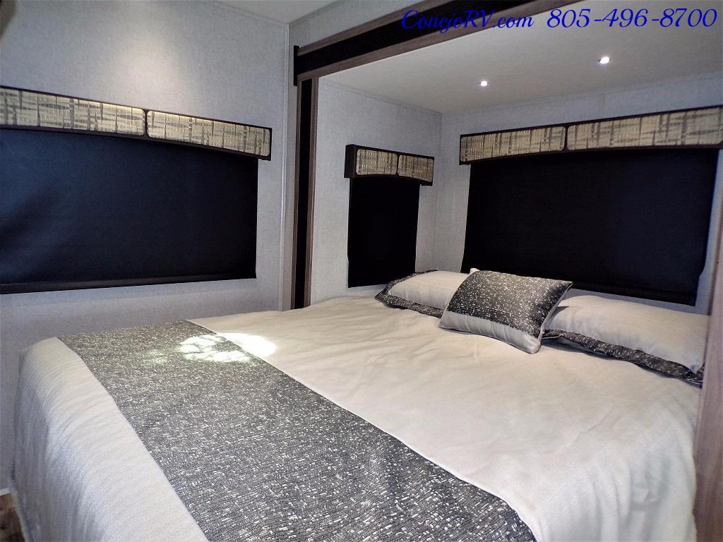 2018 Dynamax Isata 3 Series 24FW Full Wall Slide - Photo 18 - Thousand Oaks, CA 91360