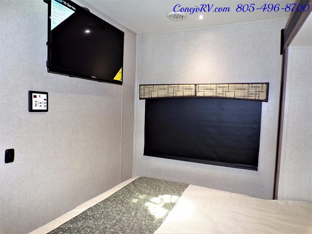 2018 Dynamax Isata 3 Series 24FW Full Wall Slide - Photo 19 - Thousand Oaks, CA 91360