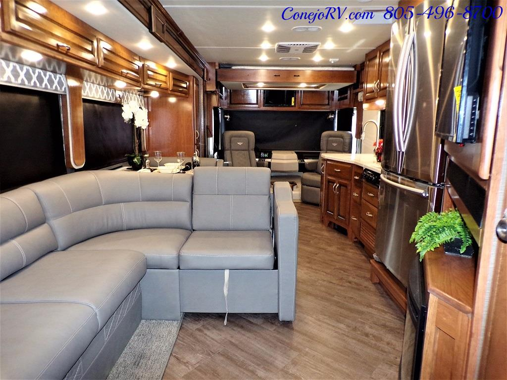 2018 Fleetwood Bounder LX 33C 2-Slide Big Chassis King Bed - Photo 30 - Thousand Oaks, CA 91360