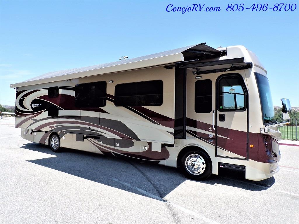 2017 Fleetwood Discovery LXE 40G FULL WALL SLIDE - Photo 50 - Thousand Oaks, CA 91360