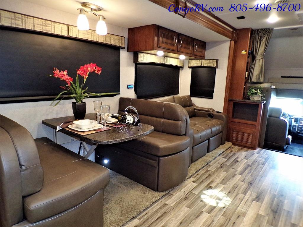2018 Dynamax Isata 5 Series 36DS 4x4 Super-C King Bed DIESEL - Photo 27 - Thousand Oaks, CA 91360