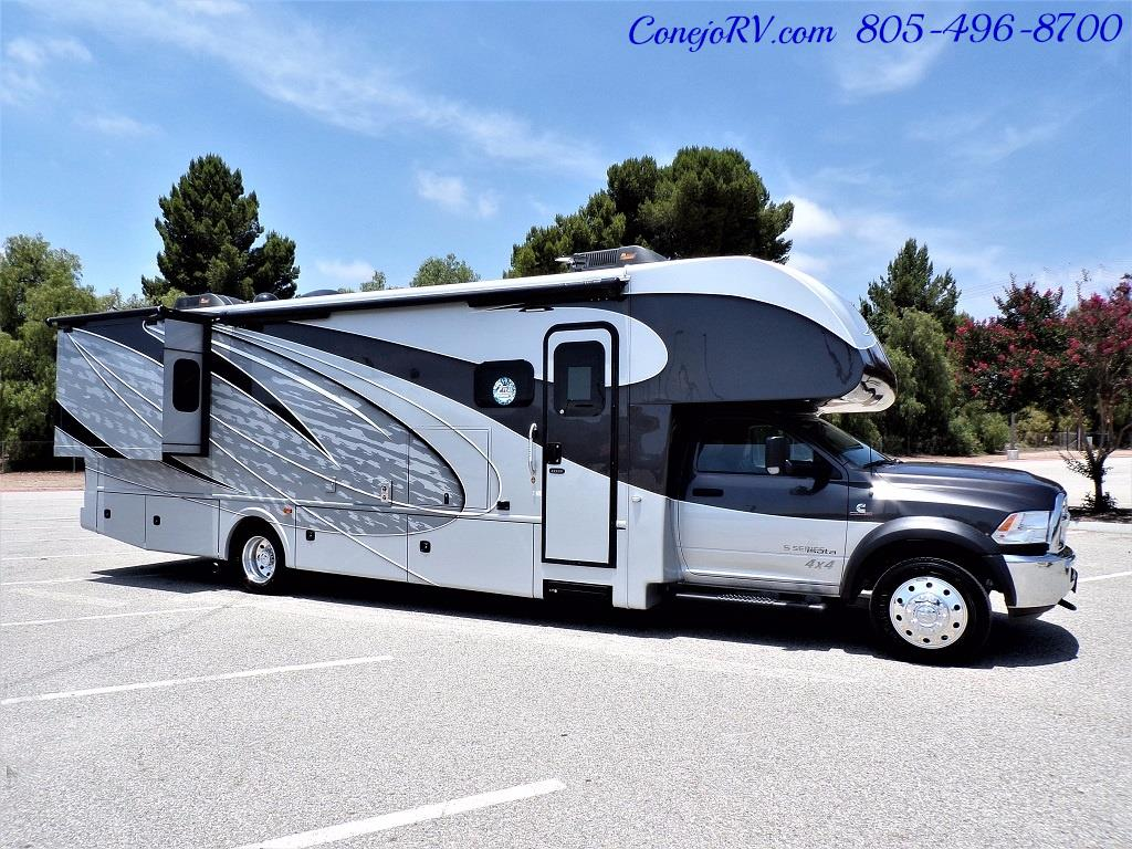 2018 Dynamax Isata 5 Series 36DS 4x4 Super-C King Bed DIESEL - Photo 5 - Thousand Oaks, CA 91360
