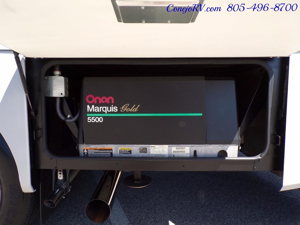 2006 Fleetwood Bounder 34F Triple Slide - Photo 36 - Thousand Oaks, CA 91360