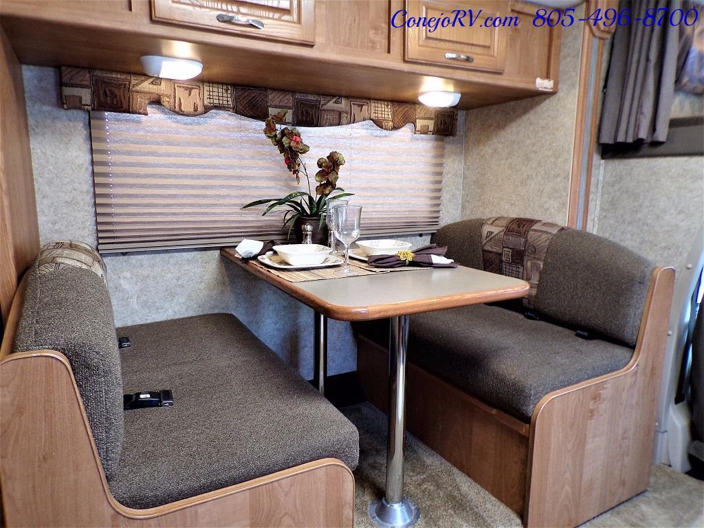 2008 Coachmen Freelander 2600 SO Single Slide - Photo 9 - Thousand Oaks, CA 91360