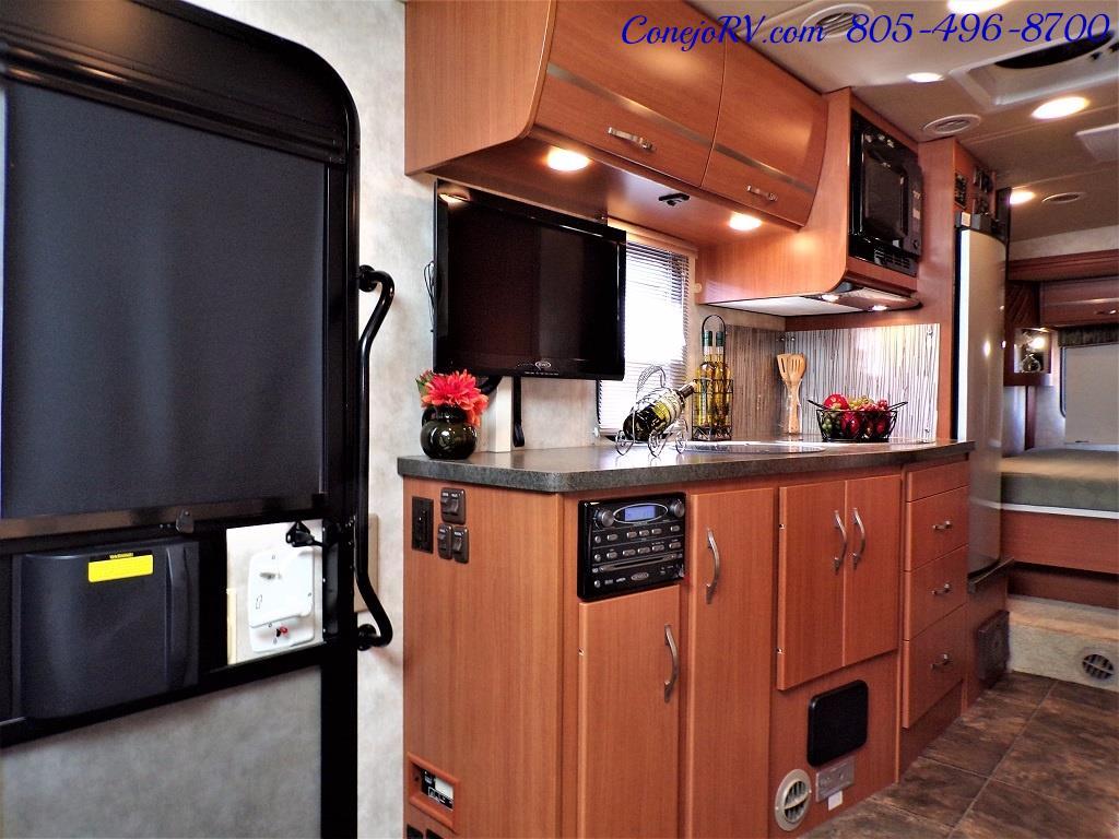 2012 Winnebago Itasca Navion 24G 2-Slide Full Paint  15k Miles - Photo 7 - Thousand Oaks, CA 91360